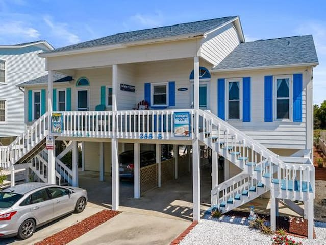 Aqua Haven  - Second Street from Beach Home