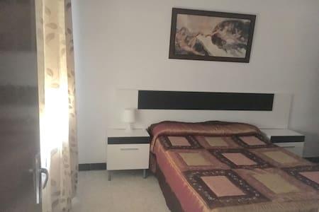 Piso de tres dormitorios - Almendralejo