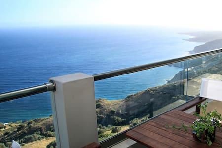 Akrotiri Panorama Apartment 1 - Kato Rodakino