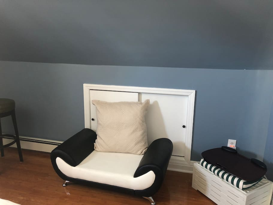 Sitting chair in bedroom