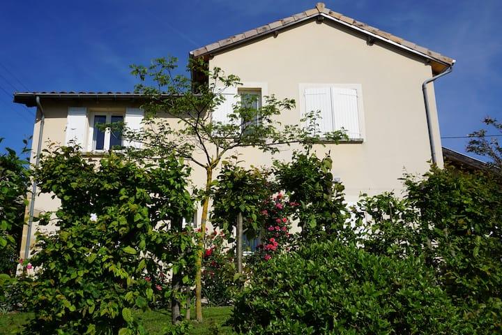 Maison familiale au coeur des vignes