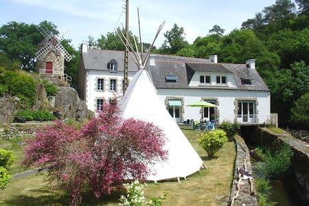 Moulin à Auray entre rivière et mer - Brech