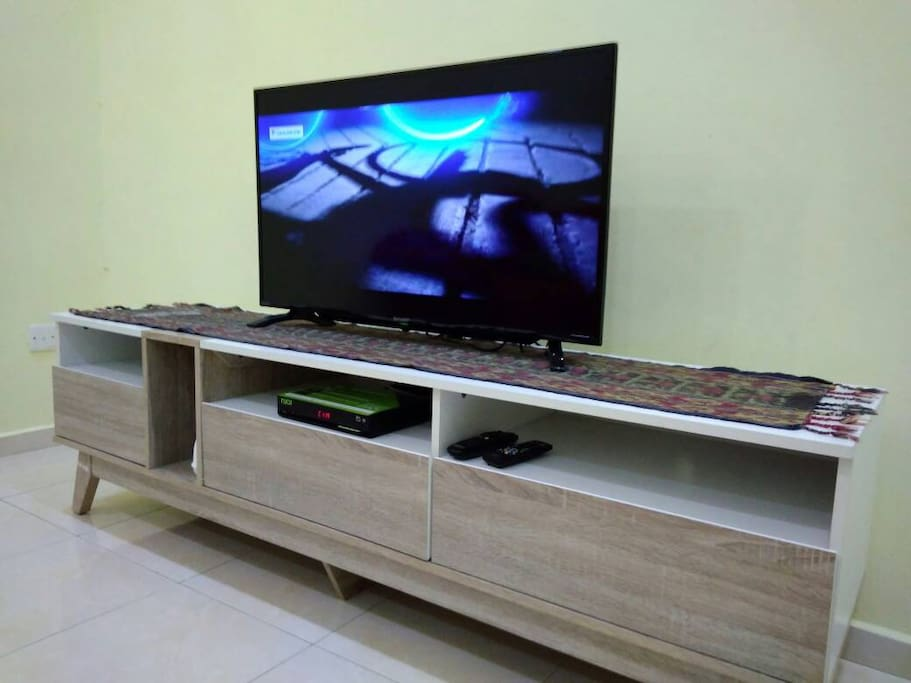 Hall with 40'' LED TV