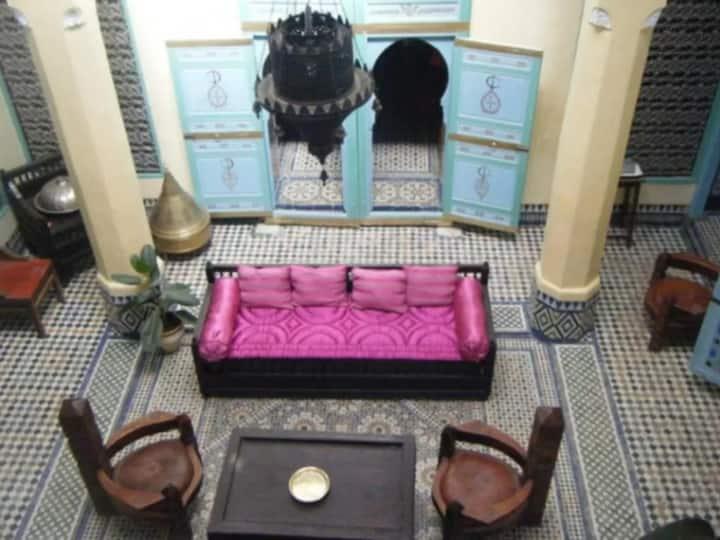 Chambre privée dans un magnifique Riad