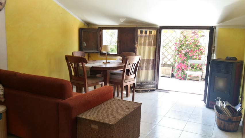 """La Nurra"" apartment with terrace and barbecue - Sassari - Apartamento"
