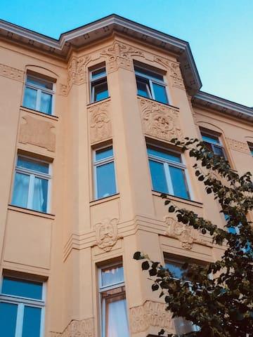 Historical cozy flat w/Balcony in Connewitz!!