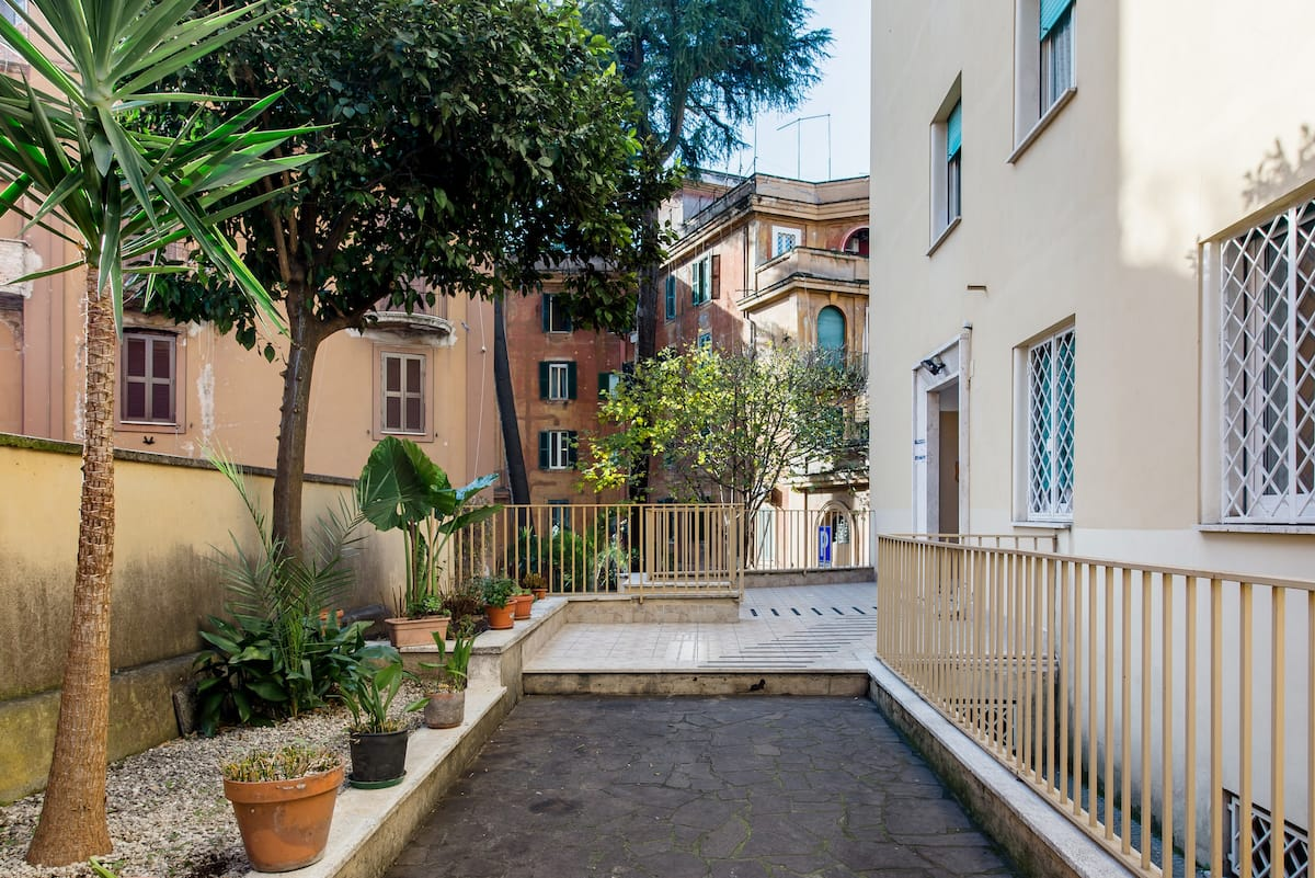 Discover Rome from an Apartment with Bunk Beds