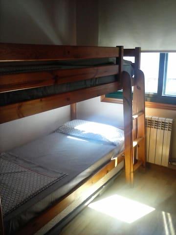 Excelente apartamento dos habitaciones zona centro