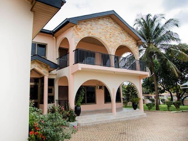 Number No 11 mission avenue Tema Gulf City Ghana