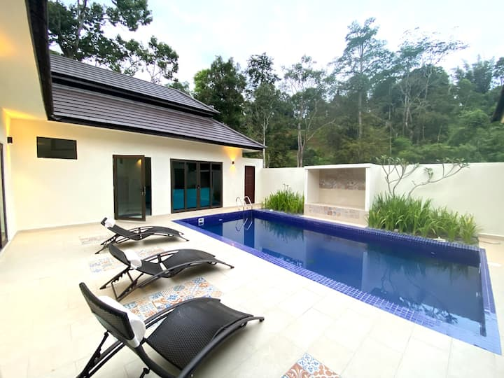 Charis Janda Baik Villa 1: 3 Bedroom+Private Pool