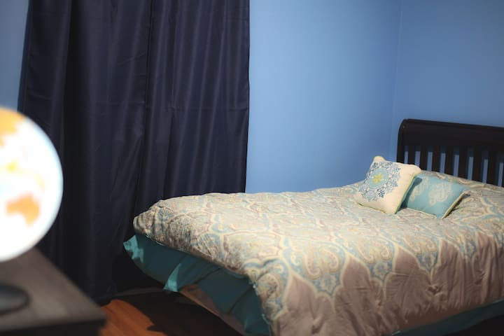Spacious Room with Modern Amenities