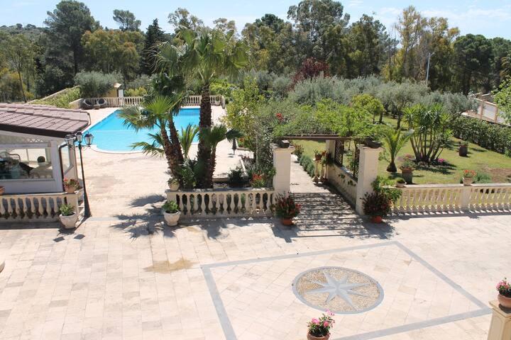 Villa Crifea