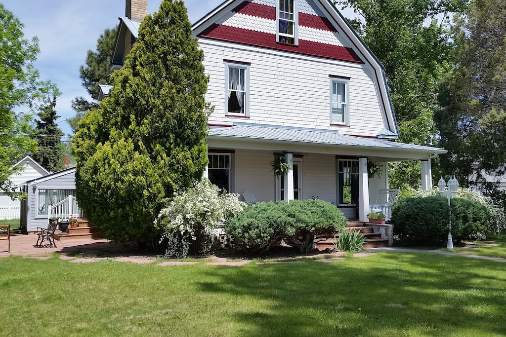 Built in 1895, Lilac Gardens is like taking a walk through history.