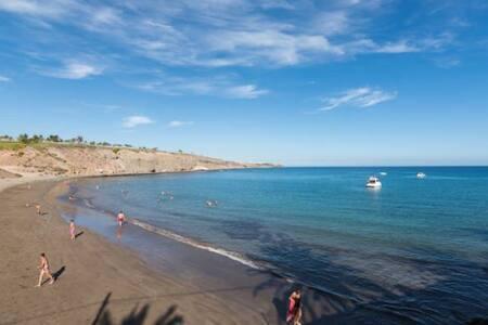 PRIVATE MARINA,BEACH and YACHT CLUB - Las Palmas