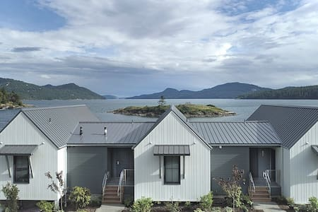 Private Waterfront Beach Cottage with View #502