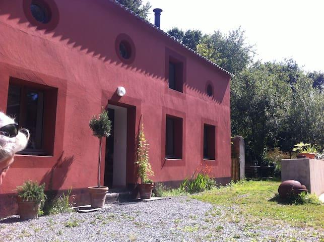 Maison rose de Port Guen - Le Palais - Gjestehus