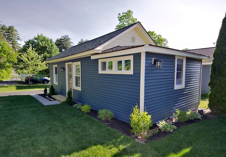 Beatty Road Cottage-Cottage #1