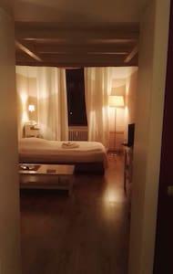 Wunderschönes Appartement im Sceneveedel Ehrenfeld