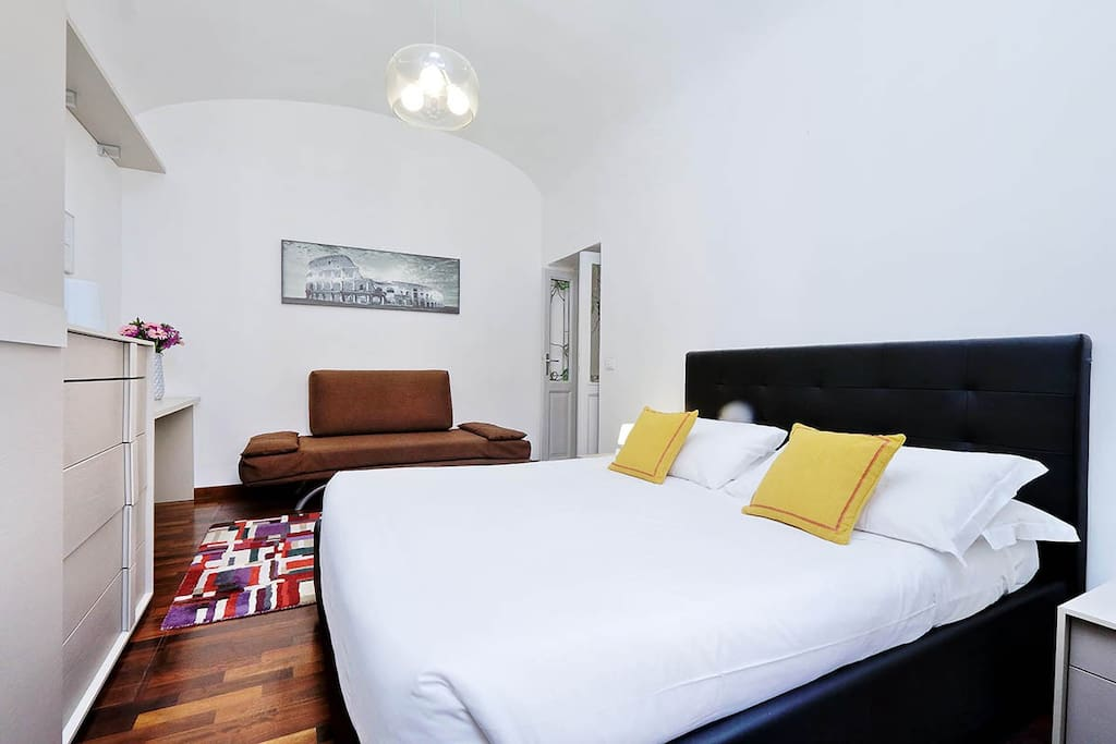 One bedroom holiday apartment near Saint Peter's Square and Vatican museums - Bedroom