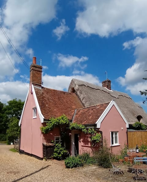 NEW:  Grade II Listed Suffolk Country Cottage