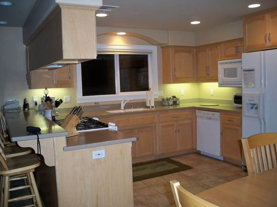 361 A Hinds-Kitchen