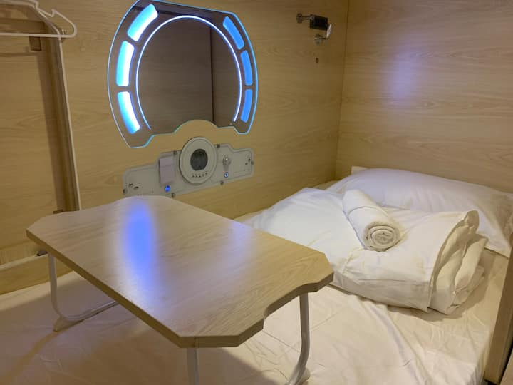 Setia Alam Capsule Hotel-Single Bed ( Male Only)