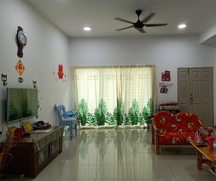 Dreamstory#2 WIFI/4 bedrooms/5 Mins town/13persons