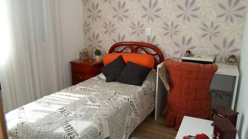 Apartamento novo, decorado. Próximo da UFMG