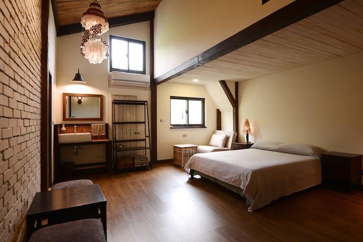 【MORY的家】新北雙溪區  四人套房含早餐(平日入住享有雙溪--十分免費接送服務)