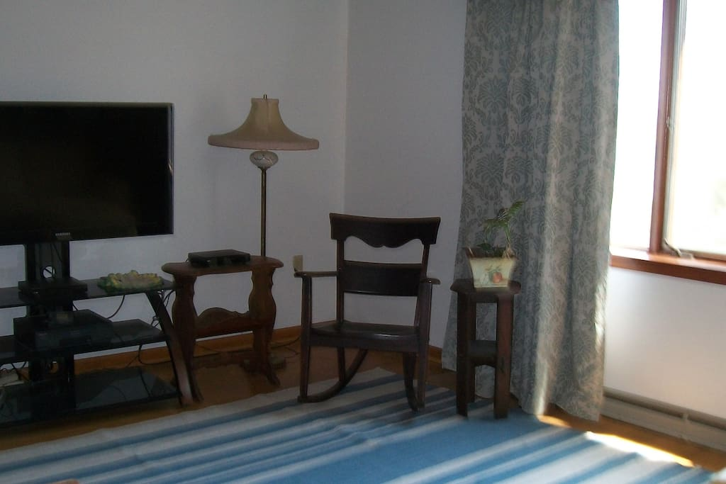 TV/Reading area in living room