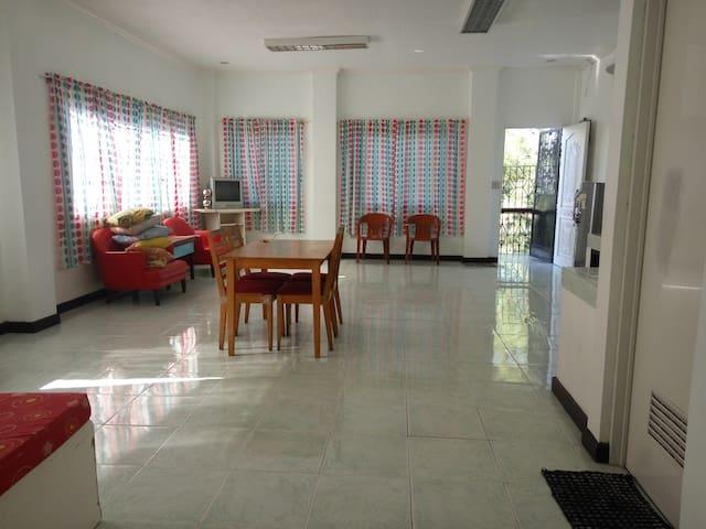 Main unit at Bakakeng 10 minutes to Burnham - Baguio - Apartamento