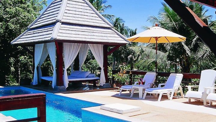 3 Bedroom Private Pool Villa green environment