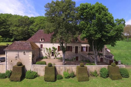 Belle maison 1900 au bord de l'Allier
