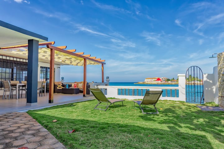 Camarioca Bay. Luxury Oceanfront house in Cuba.