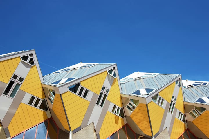 Iconic Cube House in the ❤ of Rotterdam!