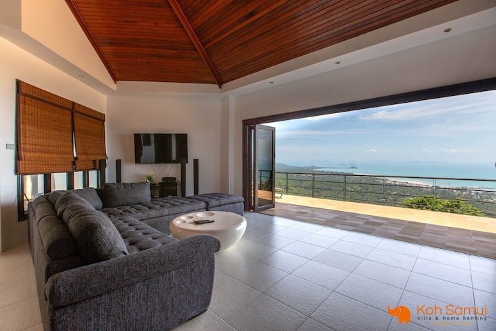 Panoramic 2BR + Private Pool & Sea View