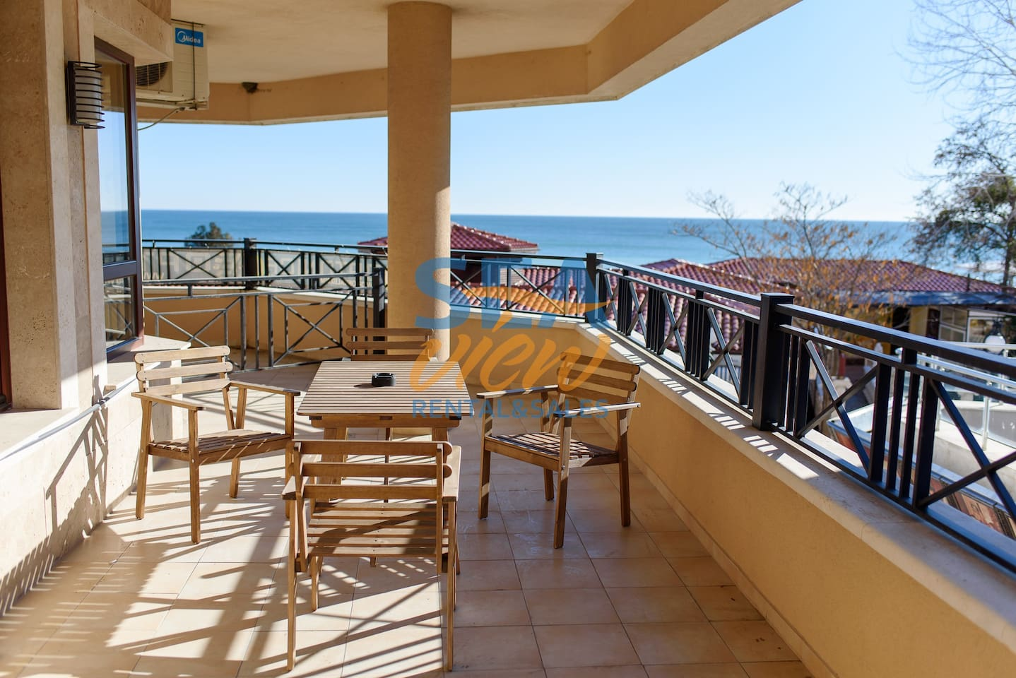 Large Balcony and Sea View