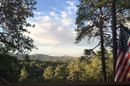 Twisted Oak Cabin with breathtaking views - Prescott - Cabane
