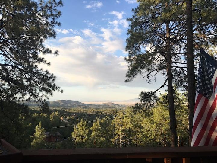 Twisted Oak Cabin with breathtaking views