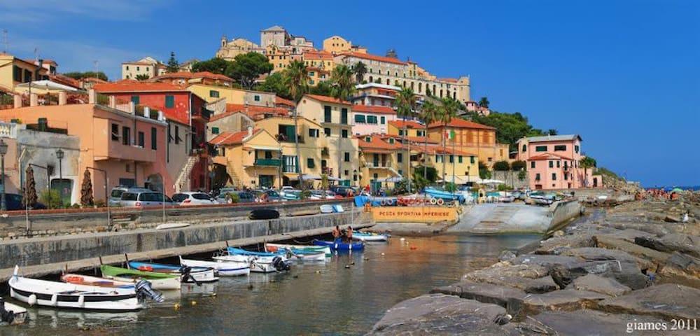 Romantico bilocale a Borgo Foce 008031-lt-0421