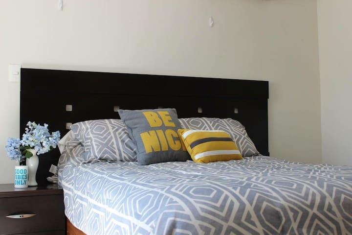Cozy Apartment (Duplex)