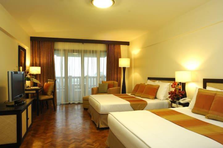 Alta Vista De Boracay - Studio Deluxe - Malay - Condominium