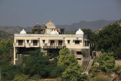 Bhavani Villa Danta A Home With A View