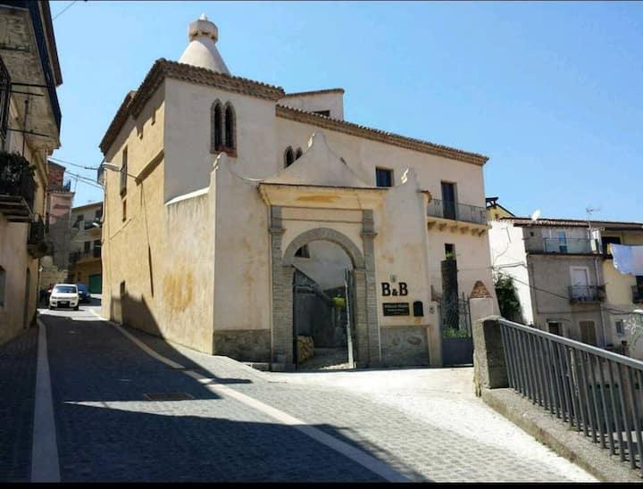 B&B Palazzo Madeo - Res. d' Epoca