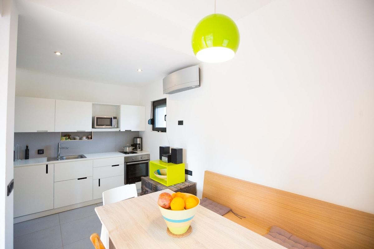 Sestrunj Septiembre De 2017: Compartir Piso Sestrunj, Alquiler De  Habitaciones U0026 Alquiler Por Meses   Airbnb Sestrunj, Condado De Zadar,  Croacia
