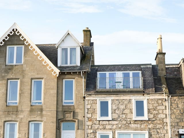 SEASCAPE, country holiday cottage in Lossiemouth, Ref 942175