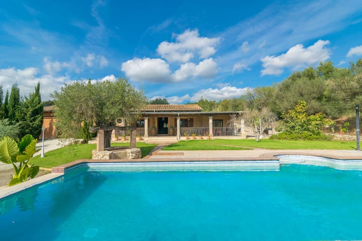 SES COMES - Fantastic villa with private pool and beautiful views, in Biniamar.