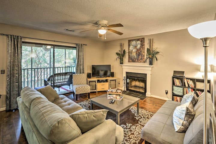 Mount Pleasant Condo - Near Charleston & Beaches!