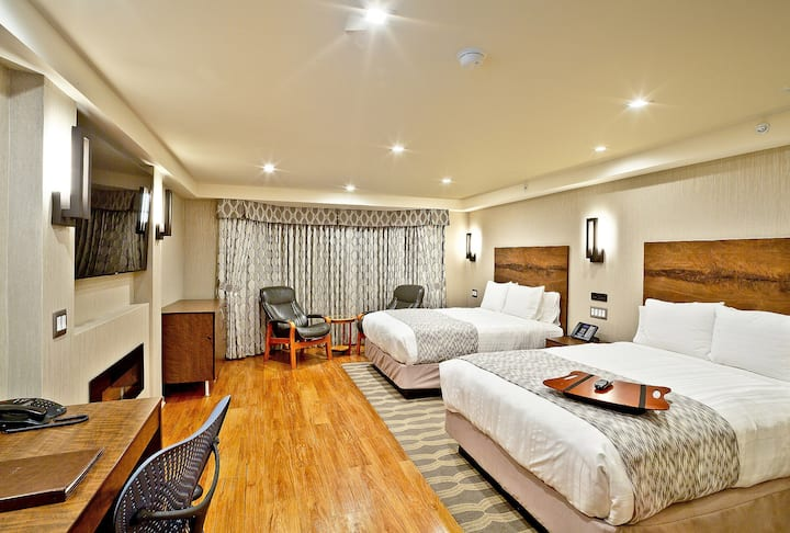 Silicon Valley / Mountain View, Double Queen Room