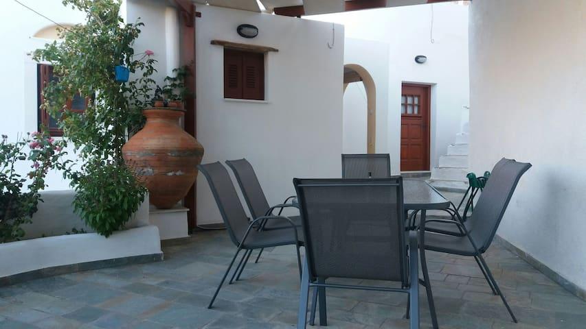 Potamia_Country House-Naxos Island